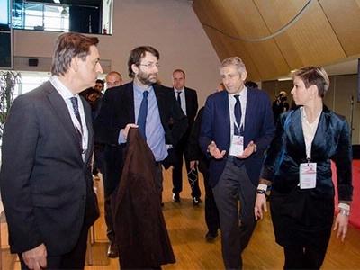 Il Presidente Buscema, la vice Presidente Ferrari e il Consigliere Paolo Novi con il Ministro Franceschini alla VII Convention FCE